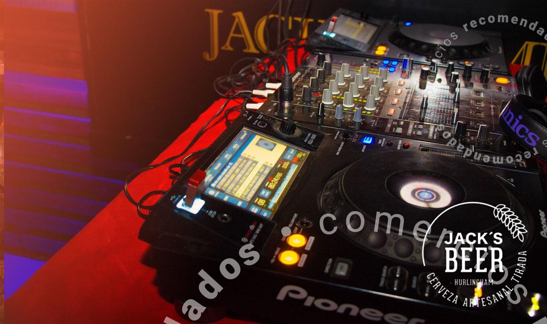 jacks-home-08